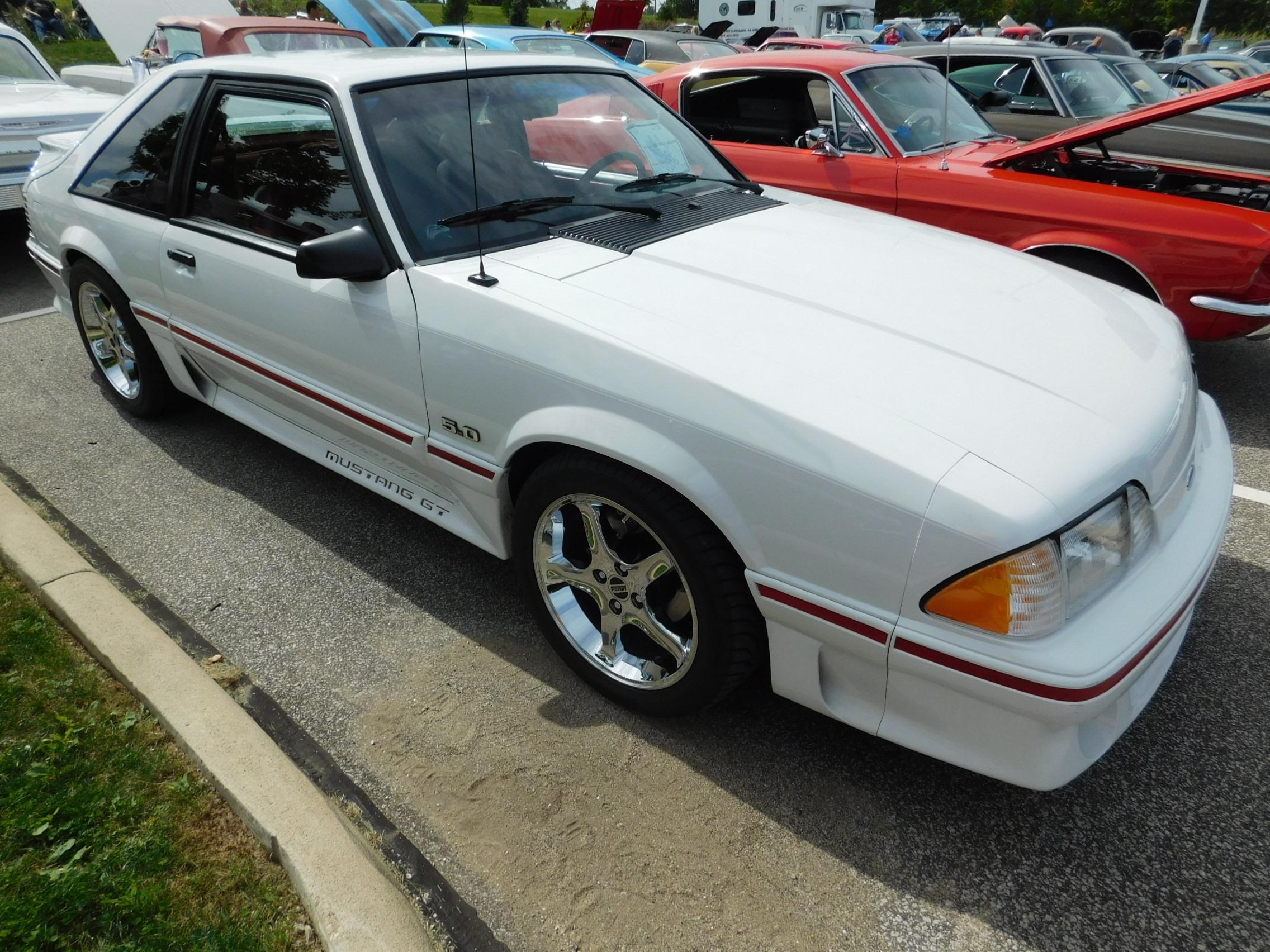 Bob Gillingham Ford Car Show